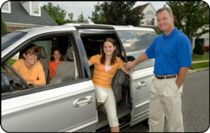 family in minivan, auto repair, glendora, convina, west covina, san dimas